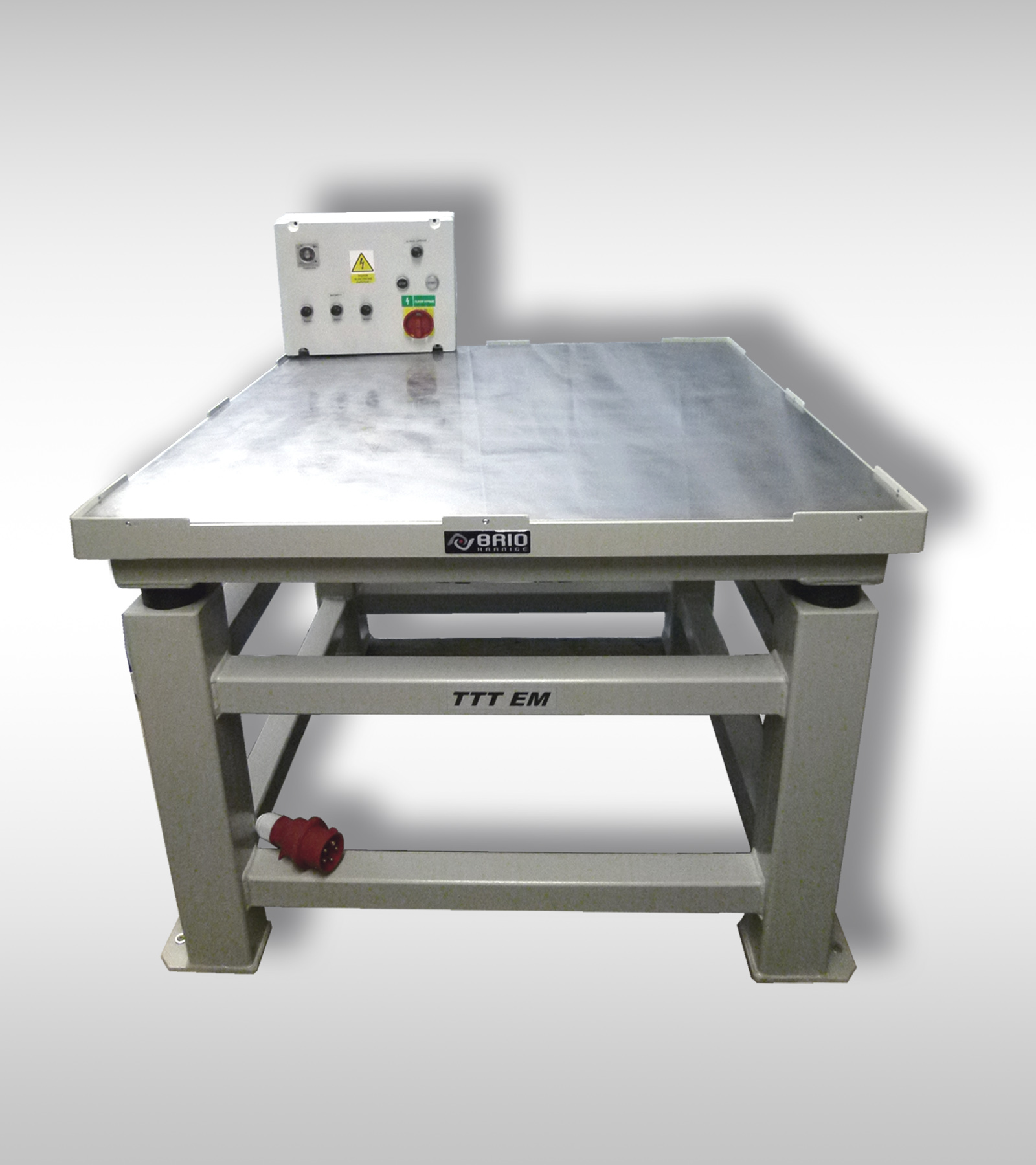 LOW FREQUENCY VIBRATING TABLES